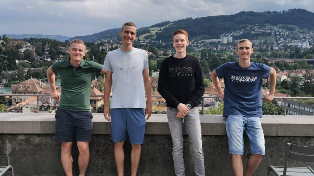 Vier «Olympia»-Medaillen für Schweizer Nachwuchs-Ökonomen