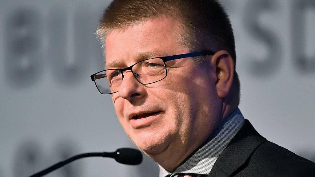 Der bisherige Vizechef des Verfassungsschutzes, Thomas Haldenwang, wird neuer Präsident der Behörde. Haldenwang folgt damit Hans-Georg Maassen, der vergangene Woche von Innenminister Horst Seehofer (CSU) in den einstweiligen Ruhestand versetzt wurde. (Archivbild)