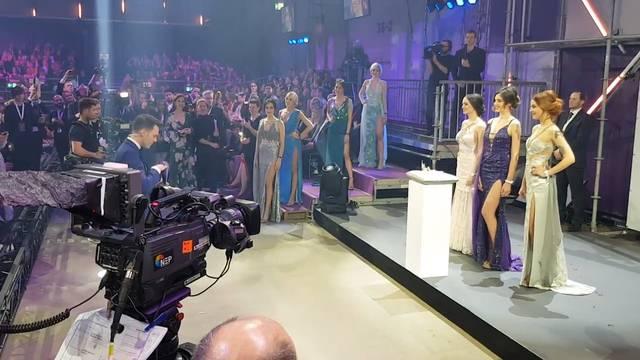 Der Moment der Wahrheit: Jastina Doreen Riederer wird zur Miss Schweiz gekrönt