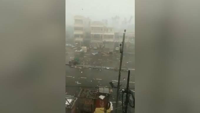 Sturm «Fani» erreicht indische Küste: