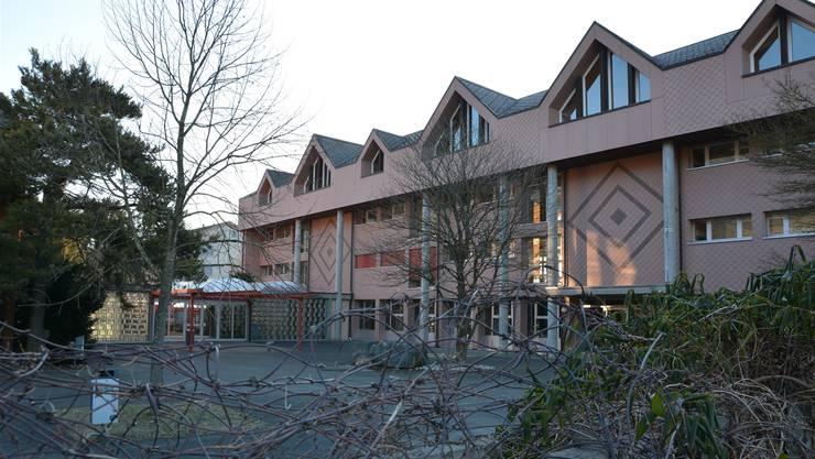 Das Mühlematt-Schulhaus bietet Ausbaumöglichkeiten.