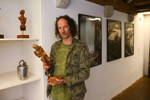 Liggenstorfer ist der Gründer des Nachtschatten Verlages, der dieses Jahr sein 30. Jubiläum feiert.