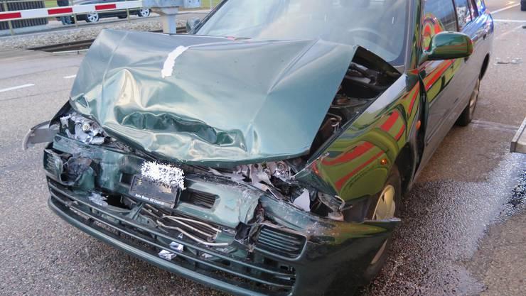 Personenwagenlenker verursacht Auffahrkollision in Bubendorf – zwei Personen verletzt