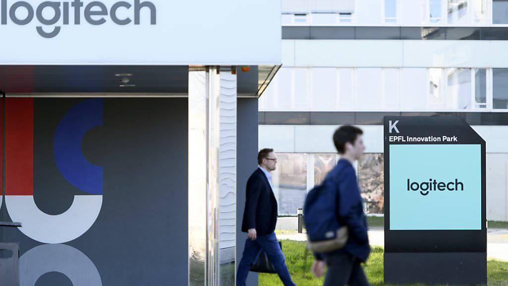 Der Computerzubehör-Spezialist Logitech hat im zweiten Quartel deutlich mehr verkauft als noch im gleichen Zeitraum des Vorjahres. Im Bild das Logitech Daniel Borel Innovation Center an der ETH Lausanne. (Archivbild)