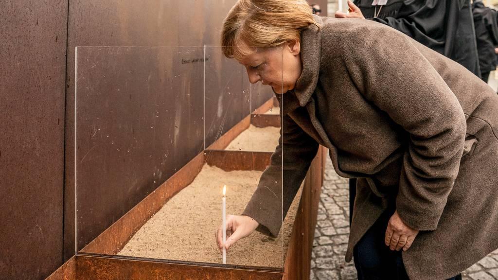 Mauerfall-Gedenken - Merkel mahnt Einsatz für Freiheit