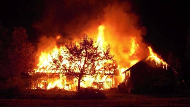 Feuerwerk schuld an Brand