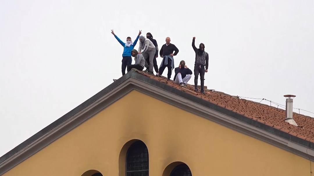 Covid-19: Aufstände in 27 italienischen Gefängnissen mit mehreren Toten