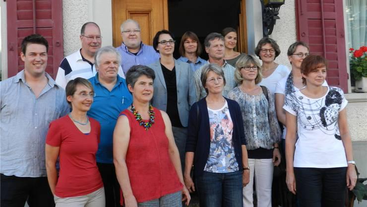Parteivertretungen mit den in stiller Wahl bestimmten Behördenmitgliedern. bi