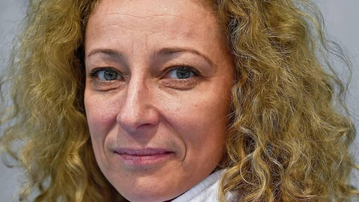 Die bisherige Cheftrainerin der Gymnastinnen, Iliana Dineva, wurde entlassen.