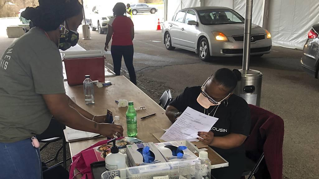 Corona-Neuinfektionen in USA steigen: Rund 78 000 Fälle in 24 Stunden