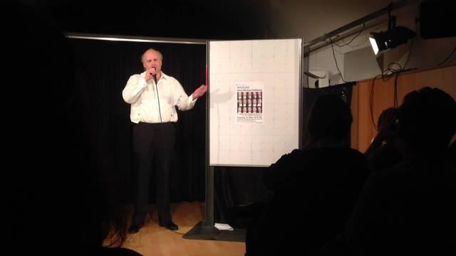 Hans Michael Sablotny singt im Dietiker Stadtkeller