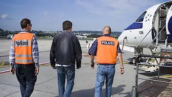 Nach vierzig Jahren muss ein Kosovare die Schweiz verlassen. Symbolbild.