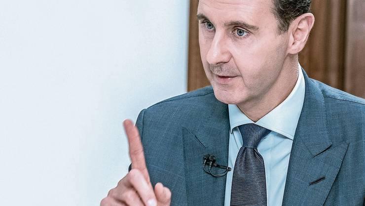 Baschar al-Assad, 54, galt einst als Reformer. Heute ist er für manche in Syrien schlicht das kleinere Übel.