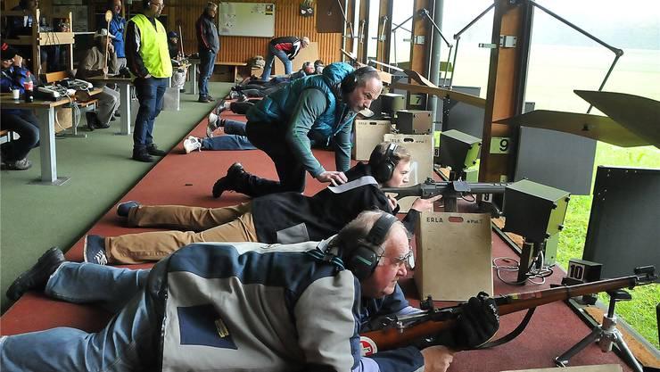 Schweizweit sind rund 130000 Schützen am Feldschiessen dabei, auch in Wolfwil wird der Ansturm wieder gross sein.