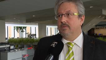 «No Billag┌-Gegner und GLP-Nationalrat Beat Flach ist hocherfreut über die klare Absage des Schweizer Stimmvolkes, hofft aber, dass die Debatte damit nicht vorbei ist.