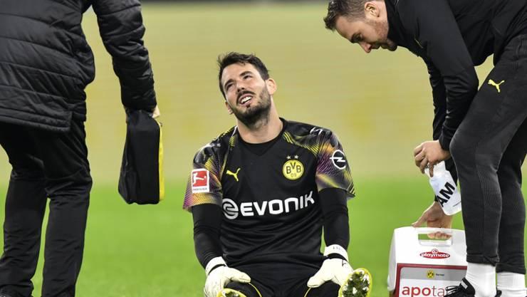 Verletzte sich beim 1:0-Sieg von Dortmund gegen Mönchengladbach am Knie: Roman Bürki