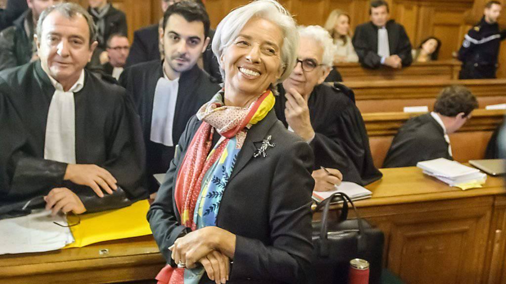 IWF-Chefin Christine Lagarde steht wegen fahrlässigen Handelns vor Gericht. Laut dem Generalstaatsanwalt hat die Verhandlung die Vorwürfe gegen die frühere französische Ministerin aber nicht gestützt.