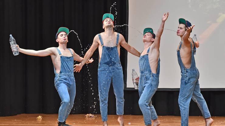 Die Pool-Boys sorgten für mächtig Stimmung an der Turnerunterhaltung.