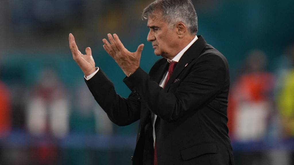 Der türkische Nationaltrainer Senol Günes: «Wir sind noch nicht so gut, wie wir uns das erhofft hatten»