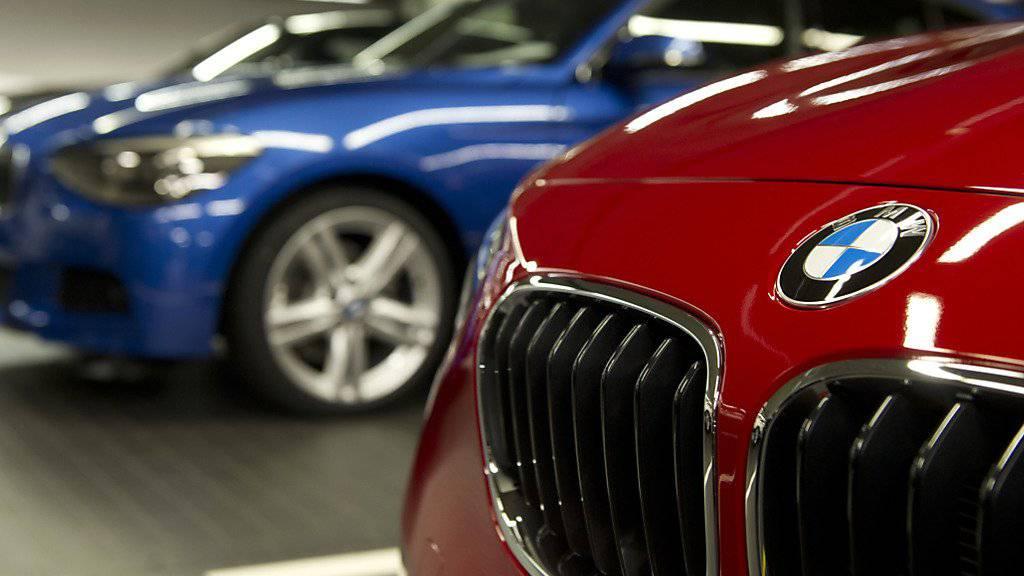 Der deutsche Autohersteller BMW hat 2018 etwas mehr Autos verkauft als im Vorjahr. (Archivbild)