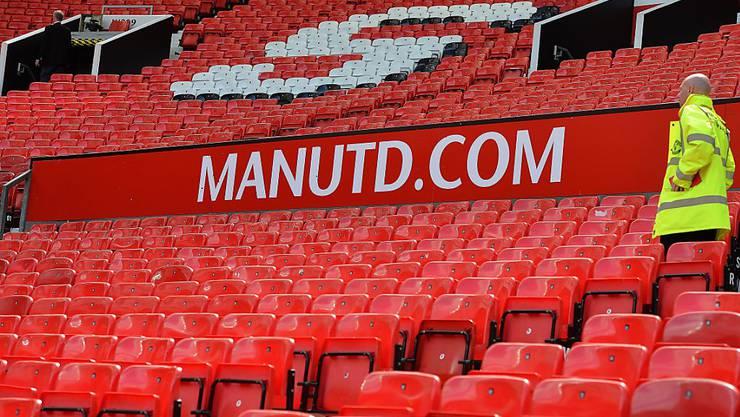 Das evakuierte Old Trafford in Manchester - die Partie der United gegen Bournemouth wurde abgesagt