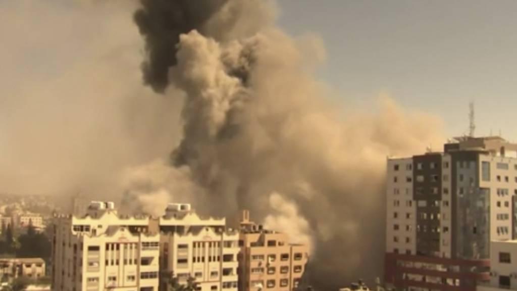 Israels Luftwaffe zerstört Hochhaus mit Medienbüros in Gaza