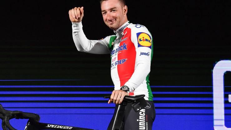 Elia Viviani, der italienische Meister, gewinnt die 3. Etappe des Giro d'Italia