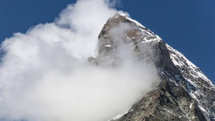 Immer mehr Felsbrocken stürzen vom Matterhorn zu Tal.