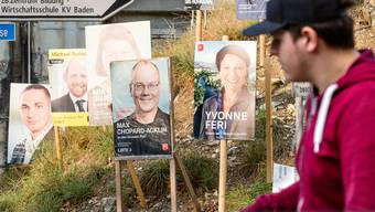 Plakate für die Aargauer Grossrats- und Reigerungsratswahlen.