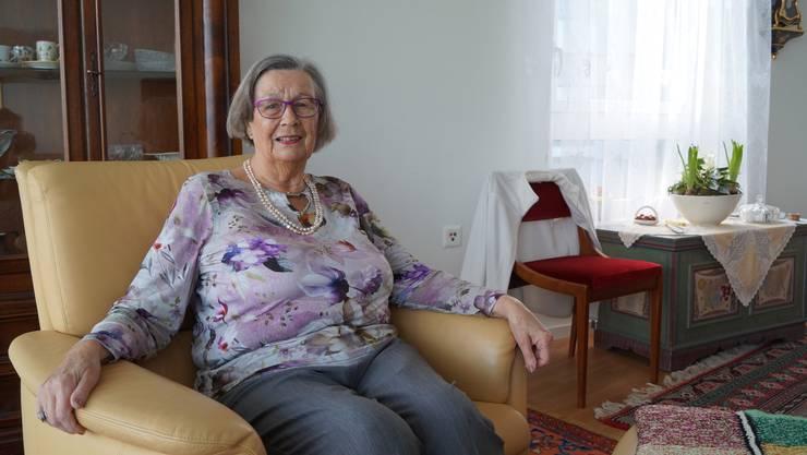 Die 88-jährige Weiningerin Ursula Weibel ist als eine der Ersten in eine Alterswohnung im Limmatfeld gezogen.
