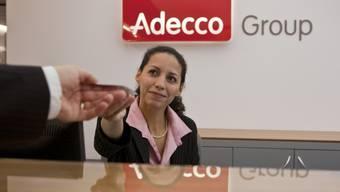 Adecco – Weltmarktführer mit Hauptsitz in der Schweiz – verzeichnete in den ersten drei Monaten des Jahres ein Minus von 2 Prozent. . (Archiv)