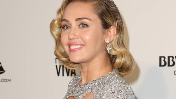 """Soll für ihren Hit """"We Can't Stop"""" eine Textpassage geklaut haben: die 25-jährige US-Sängerin Miley Cyrus. (Archivbild)"""