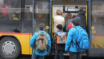 Die Schülertransporte mit Postautos sind zumutbar.