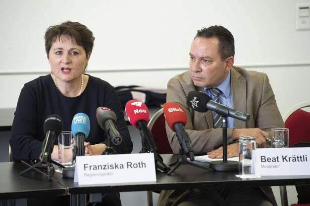 Franziska Roth gibt bekannt, dass sie die SVP Aargau verlässt und als parteilose Regierungsrätin weitermacht. Die Parteileitung habe sie heute informiert.