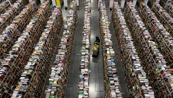 Welches Buch darfs denn sein? Amazon-Logistiklager in Phoenix, Arizona.REUTERS