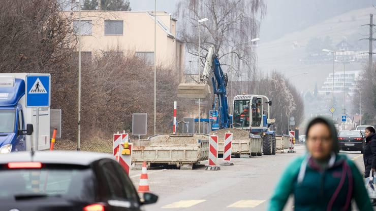 Am 18. April ist die Grossumleitung zwischen Unterengstringen und Oetwil gestartet. Klicken Sie unten auf das Video (das Bild hier stammt von den Werkleitungsarbeiten an der Zürcherstrasse in Unterengstringen).