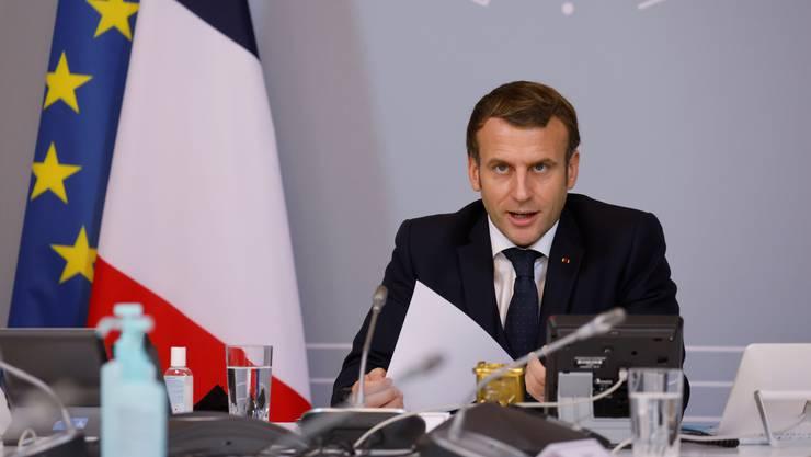 Der französische Präsident Emmanuel Macron ist gereizt - und geht auf Konfrontationskurs mit der deutschen Verteidigungsministerin und mit US-Medien.