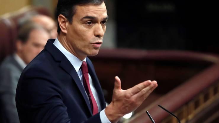 Der Sozialist Pedro Sanches ist vom Parlament zum Ministerpräsidenten Spaniens gewählt worden.