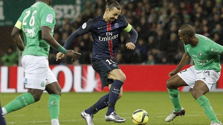 Ibrahimovic (Mitte) führt Seriensieger Paris solo zum 2:0 gegen Saint-Etienne