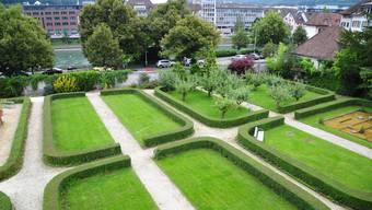 Der Klostergarten bleibt, wie er ist: Es gibt kein Parkhaus im Untergrund. Die Klosterbrüder wehrten sich erfolgreich dagegen.