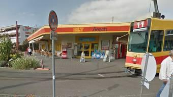 In diesen Kiosk in Aesch ist eingebrochen worden.
