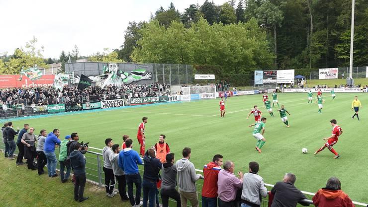 Beim Cup-Spiel 2014 zwischen dem FC Baden und dem FC St. Gallen zündete der Fan Pyros.