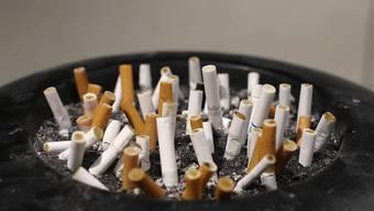 Noch 2007 waren die Schweizer Zigaretten nach Österreich die zweitgünstigsten. 2016 sind es die teuersten.
