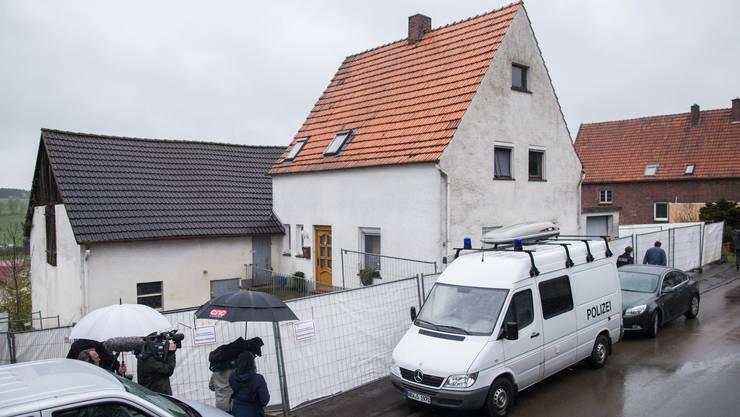 """Im """"Haus der Qualen"""" im Westen von Deutschland sollen jahrelang Frauen misshandelt worden sein - teilweise bis zum Tod."""