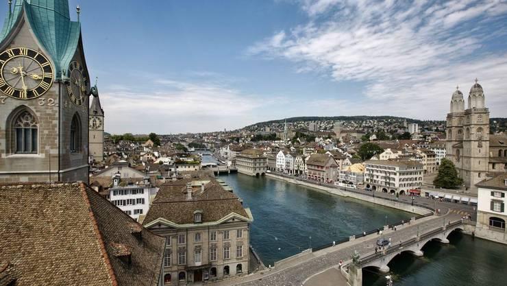 In der Stadt Zürich leben knapp 125'000 Ausländer.