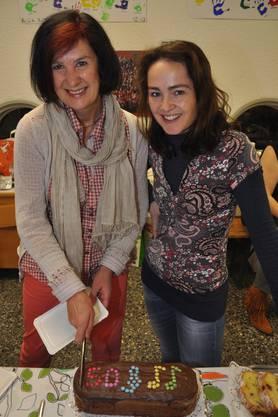 Für das leibliche Wohl in der Kafeestube sorgten Christine Arnet (l.) und Mirjam Richter.