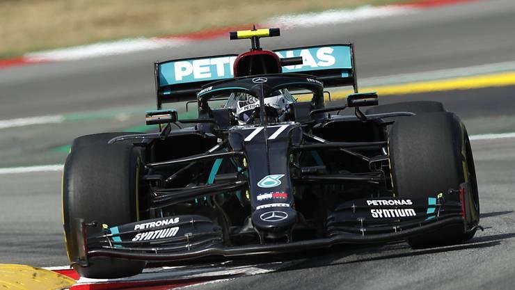 Valtteri Bottas gelang im Mercedes mit der Nummer 77 im ersten Training für den GP von Spanien die Bestzeit