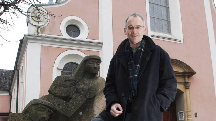 Das Foto zeigt Urs Zimmermann 2013, als er als Pfarrer der römisch-katholischen Kirchgemeinde Bad Zurzach tätig war. Archiv