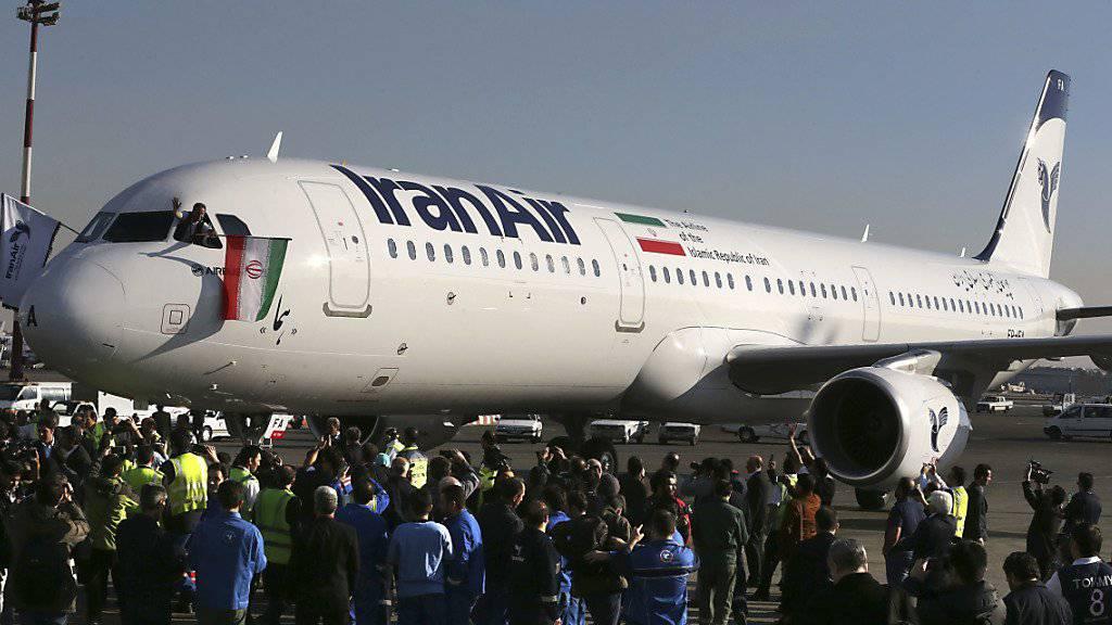 Die US-Sanktionen gegen den Iran treffen Airbus. Viele bestellte Maschinen können nicht ausgeliefert werden.  (Archiv)