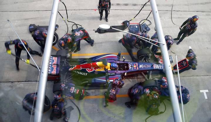 Sieger Sebastian Vettel an der Box